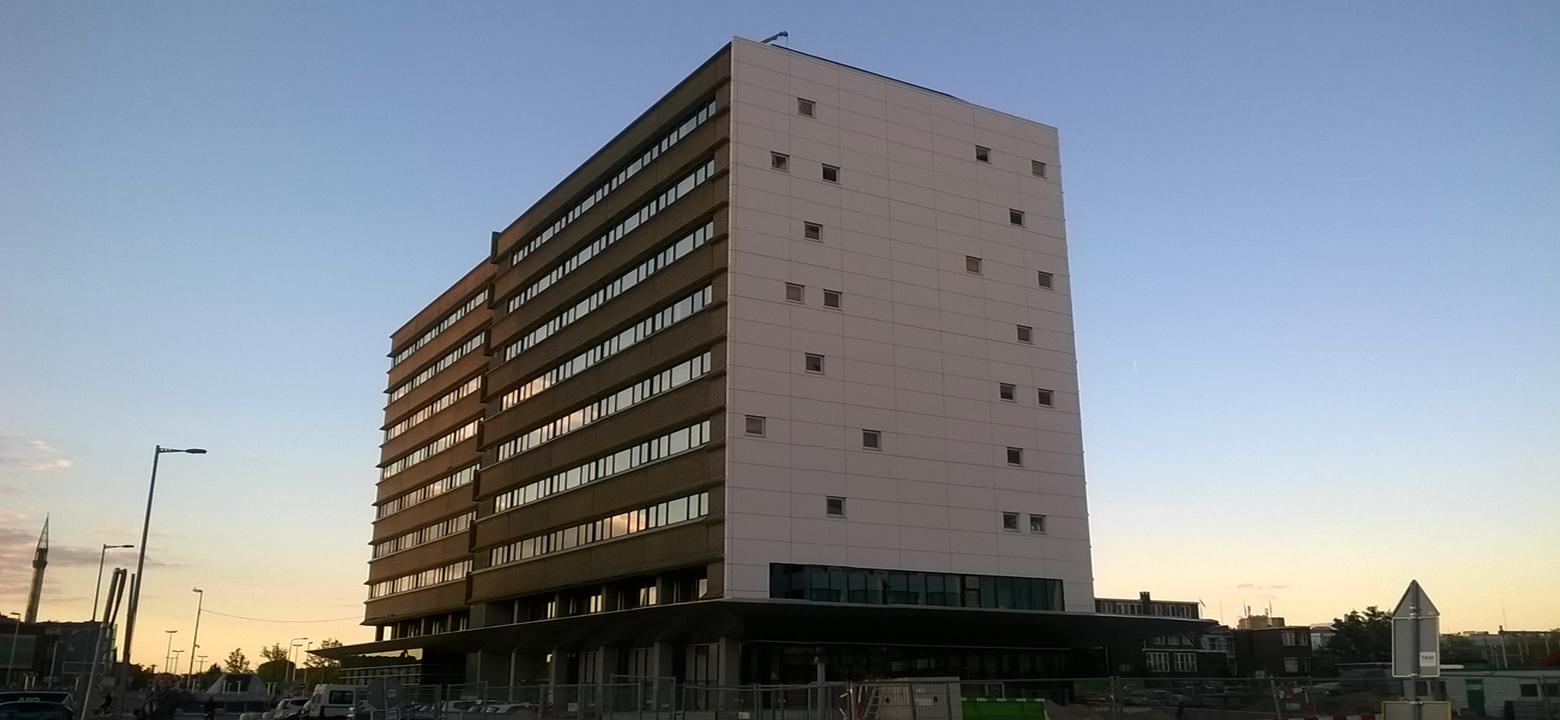 Restyling gevel kantoorgebouw, gevelrenovatie kantoor